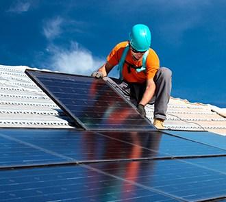 Estudiar el MÁSTER EN INSTALACIÓN Y MANTENIMIENTO DE SISTEMAS DE ENERGÍA SOLAR